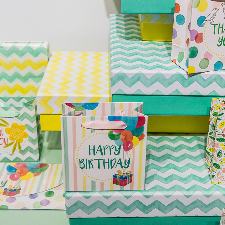 Stationery and Gift Articles - Stylish boxes, bags and more